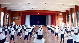 大阪府 守口市立三郷小学校 4年1組、5年1組