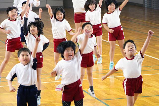 神経 する 運動 良く 運動神経は大人になってからでも良くなる!たった5つの方法で運動音痴だった人生が劇的に変わる