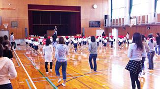 兵庫県 西宮市立高木小学校 1学年PTA向け体験会の合同開催 平成23年10月19日